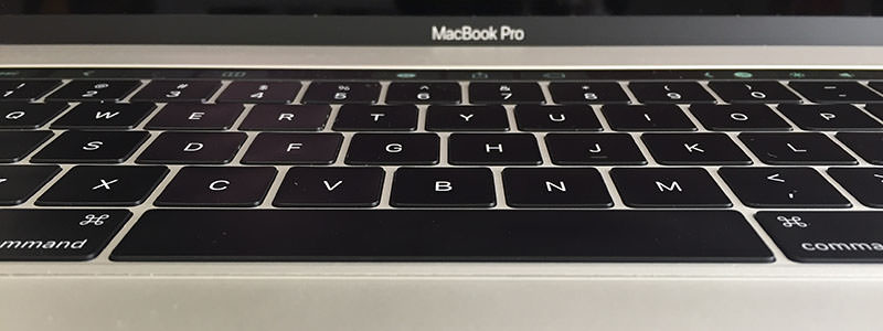 MacBookProlate2016キーボード高さ