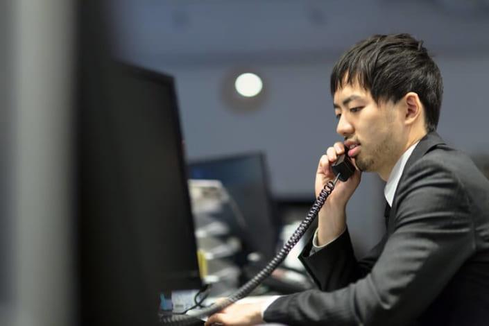 電話での英会話が難しい理由と対策を解説